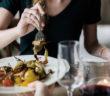 Disturbi del comportamento alimentare, traumi e attaccamento. Pagine Blu